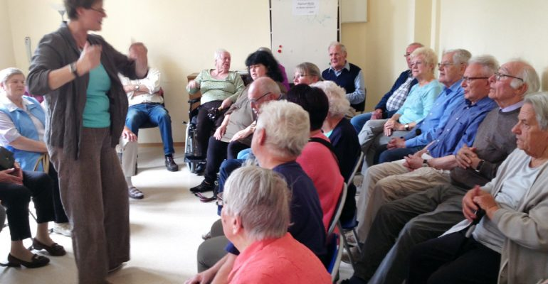 Besuch von Bewohnerinnen und Bewohnern des Seniorenheims St. Josef in Kroev